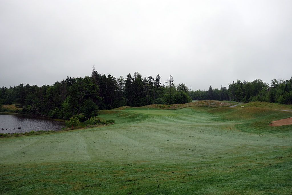 14th Hole at Glen Arbour Golf Club (504 Yard Par 5)