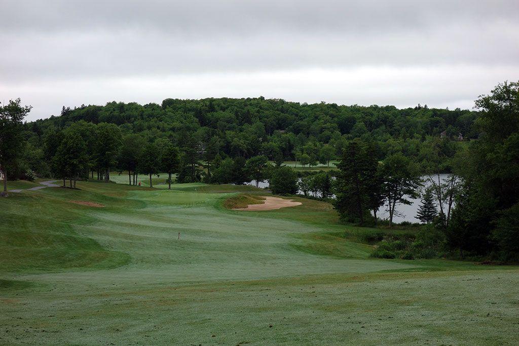 18th Hole at Glen Arbour Golf Club (560 Yard Par 5)