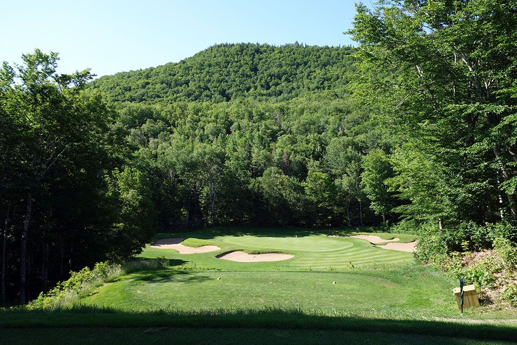 10th Hole at Highlands Links at Cape Breton (145 Yard Par 3)