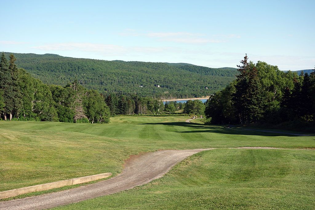 2nd Hole at Cape Breton Highlands Links (447 Yard Par 4)