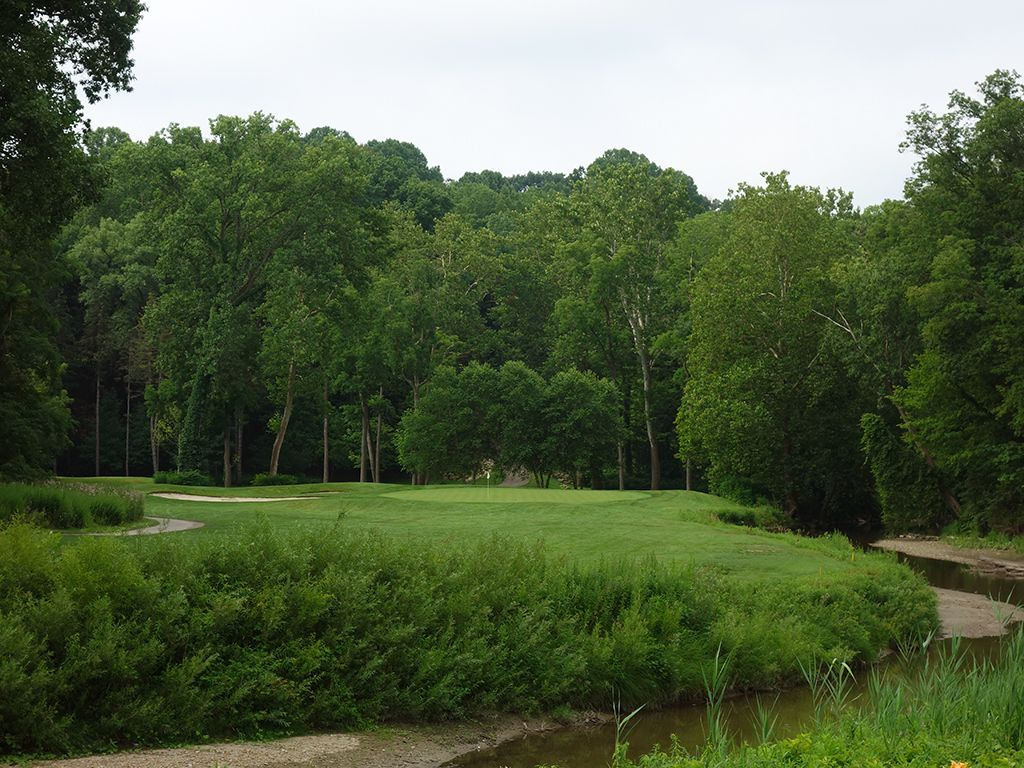 11th Hole at Kirtland Country Club (225 Yard Par 3)