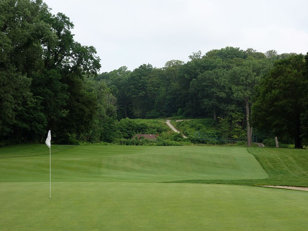 13th Hole at Kirtland Country Club (371 Yard Par 4)