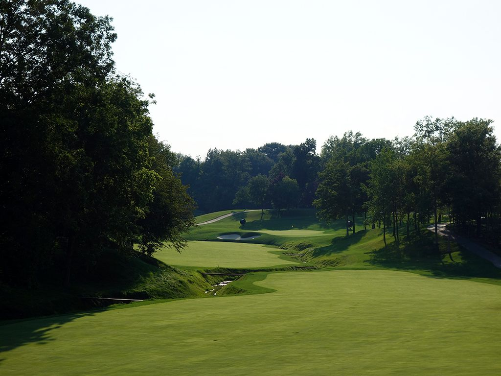 11th Hole at Muirfield Village Golf Club (567 Yard Par 5)