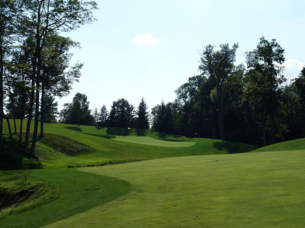 15th Hole at Muirfield Village Golf Club (529 Yard Par 5)