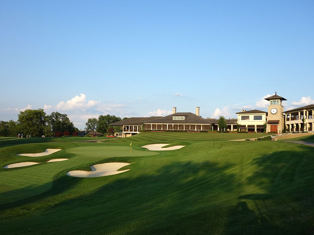 18th Hole at Muirfield Village Golf Club (484 Yard Par 4)