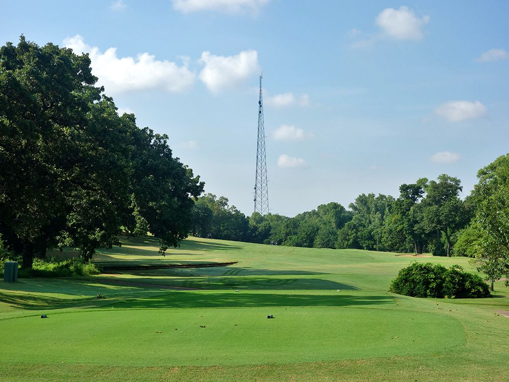 16th Hole at Lincoln Park Golf Course (West) (522 Yard Par 5)