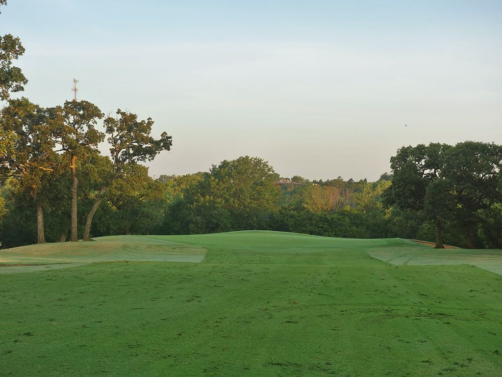 1st Hole at Lincoln Park Golf Course (West) (600 Yard Par 5)