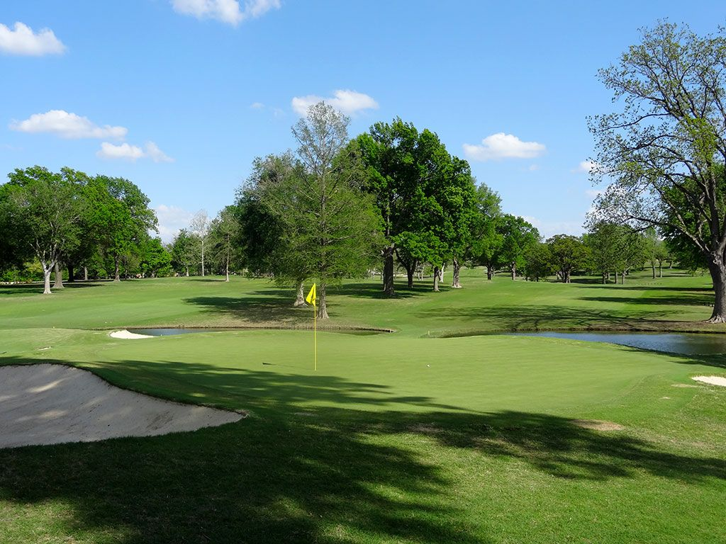 13th Hole at Southern Hills Country Club (537 Yard Par 5)