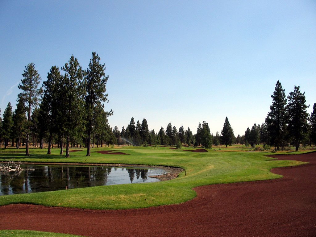 11th Hole at Aspen Lakes Golf Course (450 Yard Par 4)