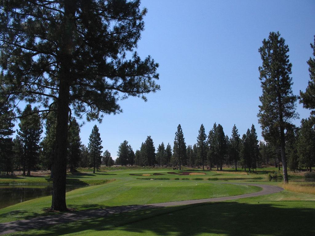 15th Hole at Aspen Lakes Golf Course (222 Yard Par 3)