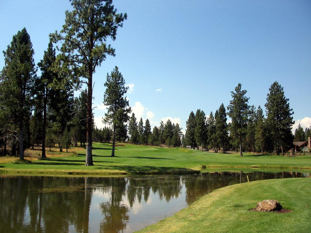 16th Hole at Aspen Lakes Golf Course (443 Yard Par 4)