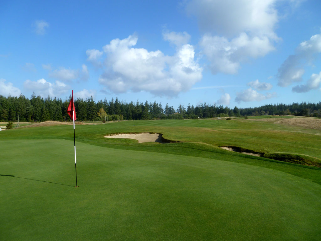 16th Hole at Bandon Crossings Golf Course (325 Yard Par 4)
