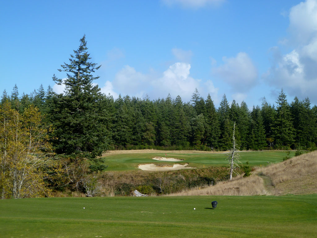 17th Hole at Bandon Crossings (170 Yard Par 3)