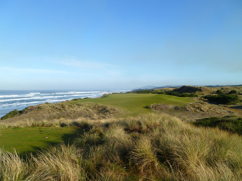 6th Hole at Bandon Dunes (217 Yard Par 3)