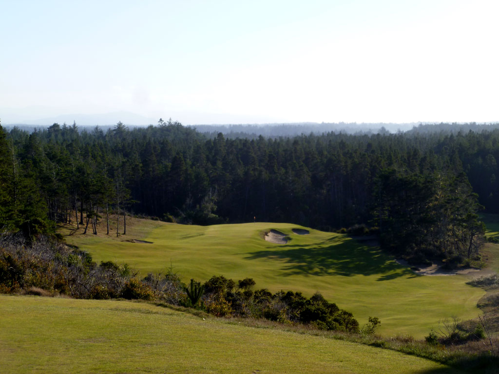 The devilish 14th hole at Bandon Trails has derailed more than one round