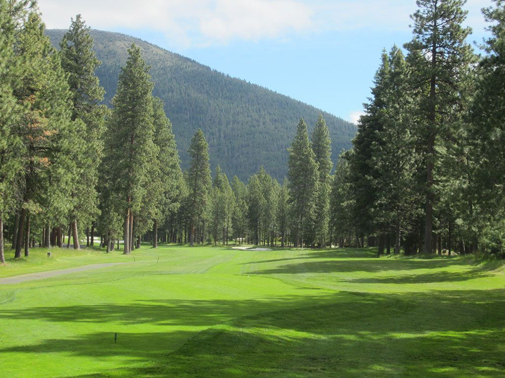 16th Hole at Black Butte Ranch (Big Meadow) (514 Yard Par 5)