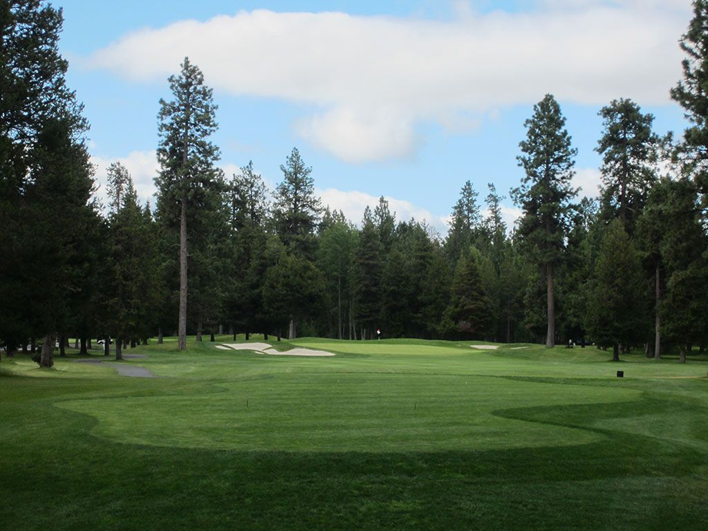 8th Hole at Black Butte Ranch (Big Meadow) (243 Yard Par 3)