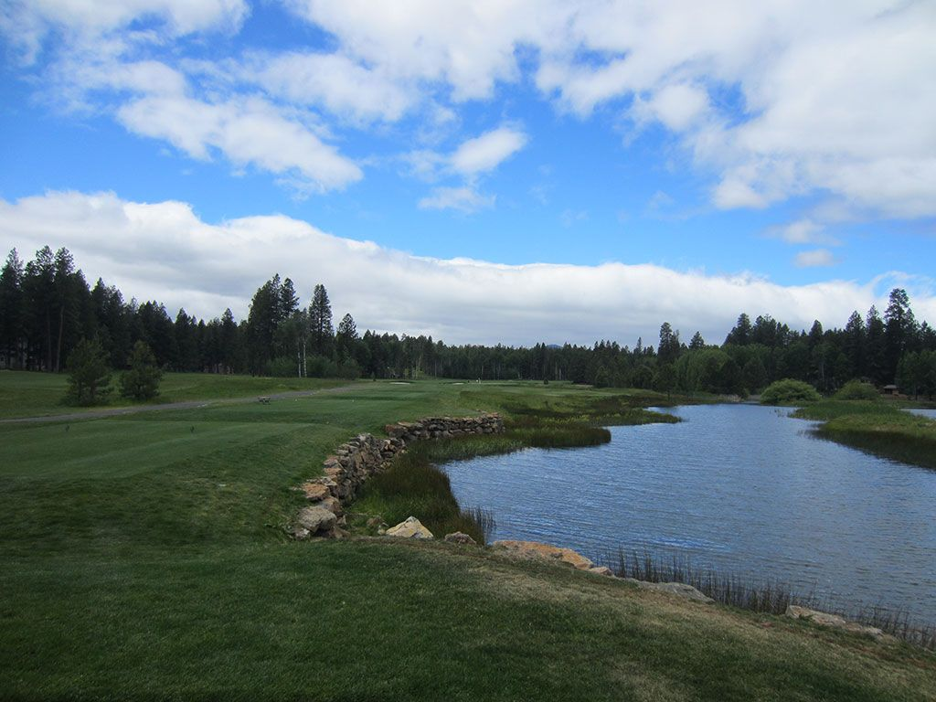 3rd Hole at Black Butte Ranch (Glaze Meadow) (319 Yard Par 4)