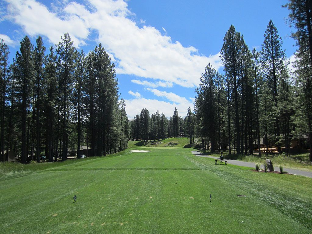 8th Hole at Black Butte Ranch (Glaze Meadow) (172 Yard Par 3)