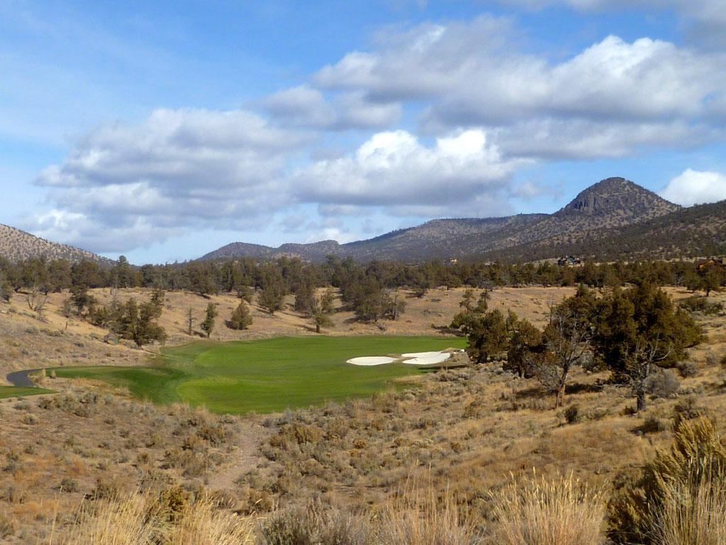 10th Hole at Brasada Ranch (543 Yard Par 5)