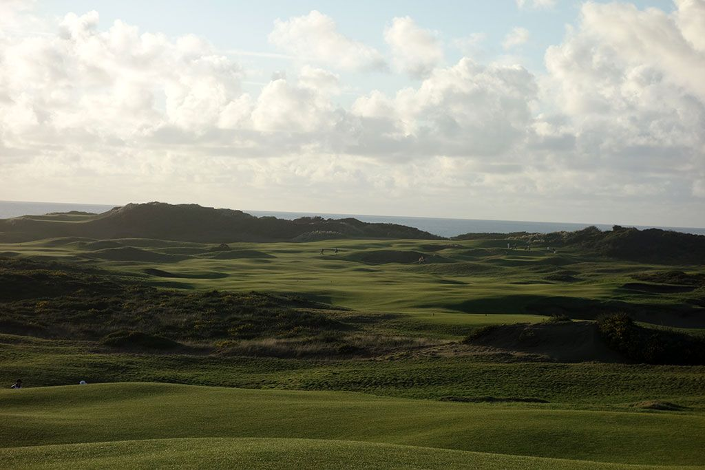 15th (Westward Ho!) Hole at Old Macdonald (535 Yard Par 5)