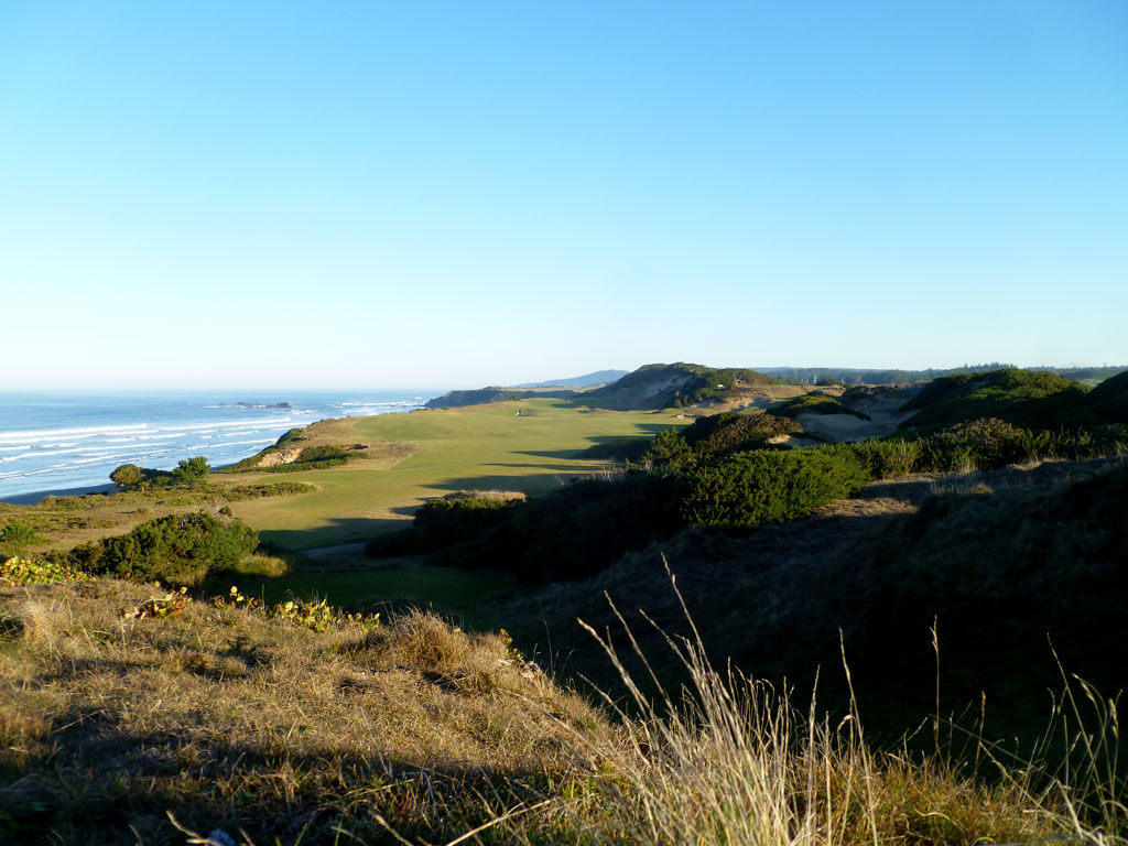 13th Hole at Pacific Dunes