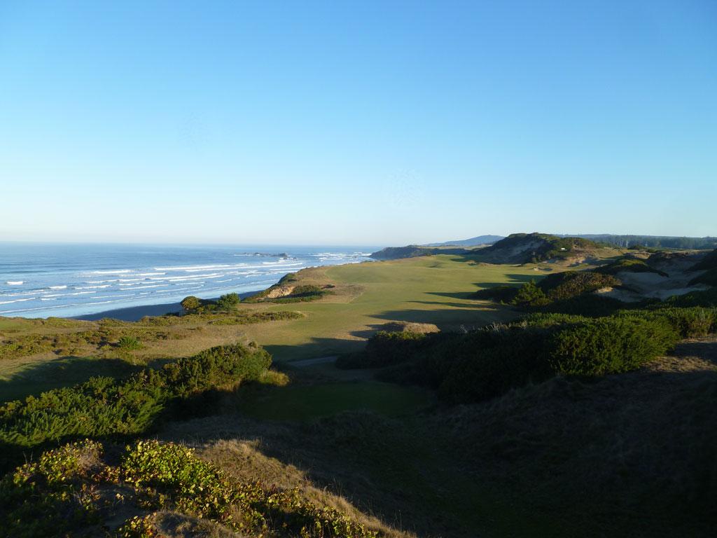 13th Hole at Pacific Dunes (444 Yard Par 4)