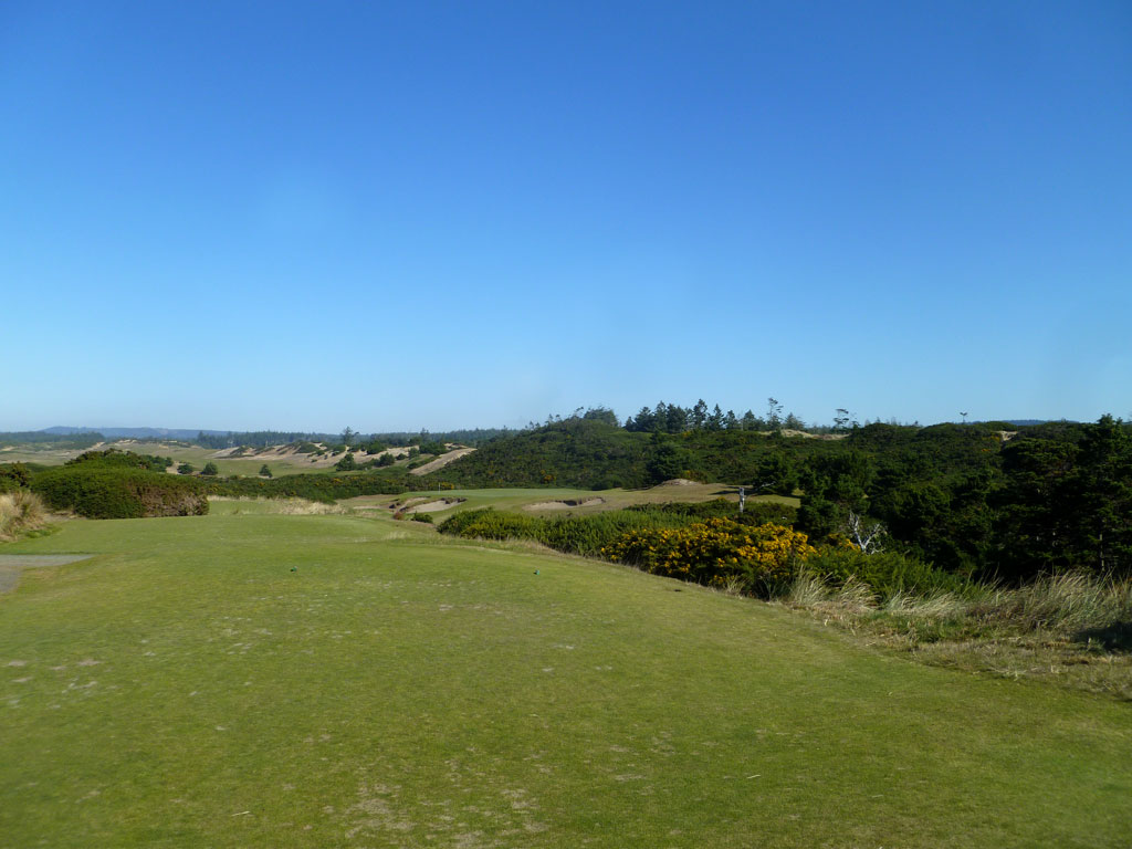 17th Hole at Pacific Dunes (208 Yard Par 3)