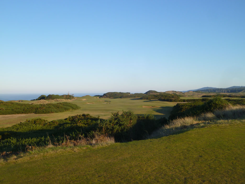 3rd Hole at Pacific Dunes (499 Yard Par 5)