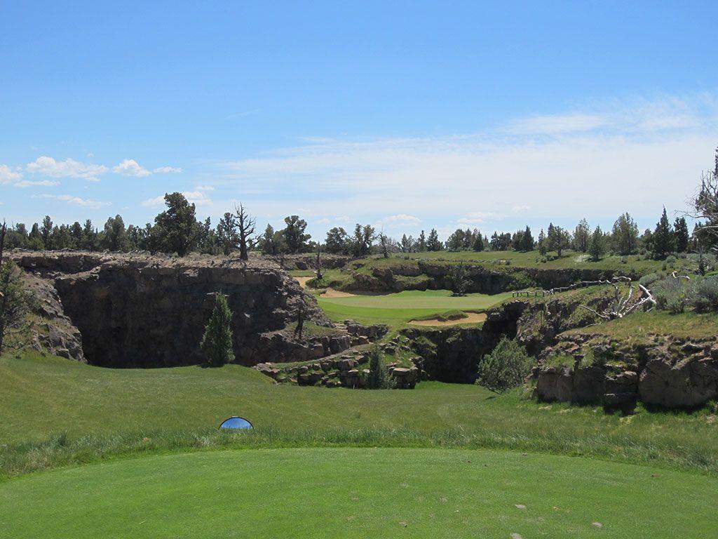 8th Hole at Pronghorn Golf Club (Fazio) (187 Yard Par 3)