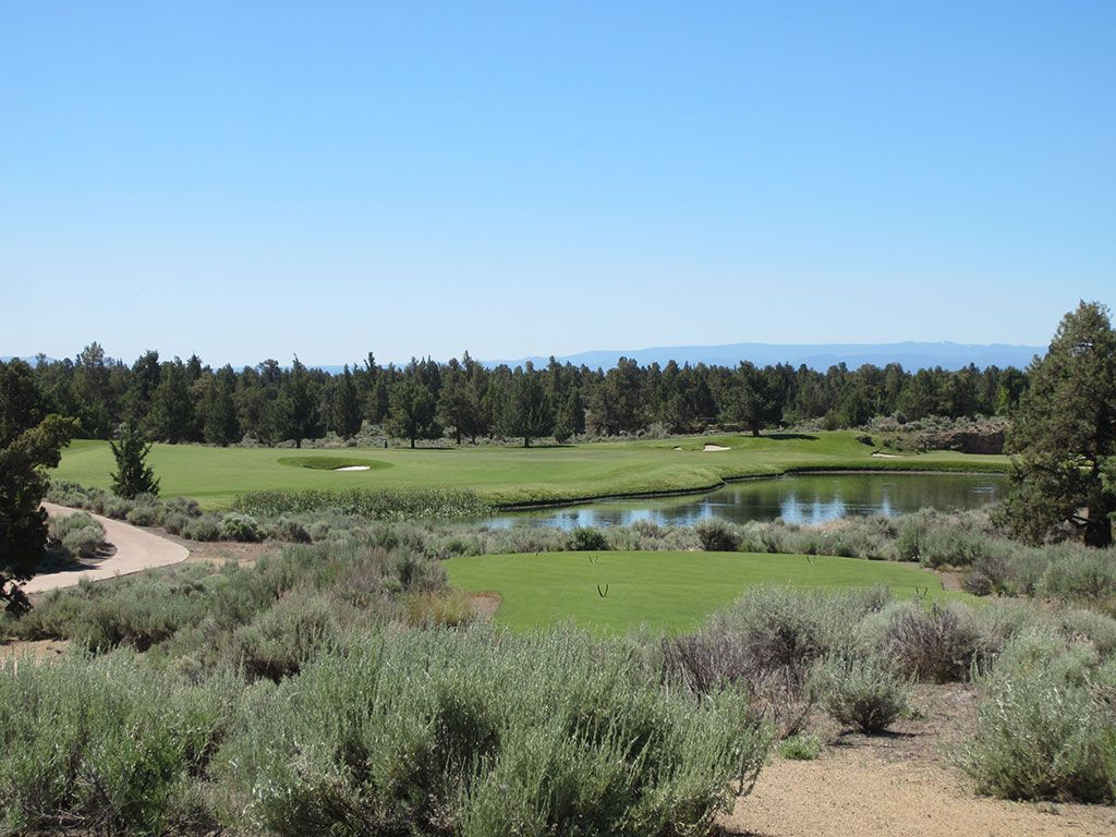 13th Hole at Pronghorn Golf Club (Nicklaus) (378 Yard Par 4)