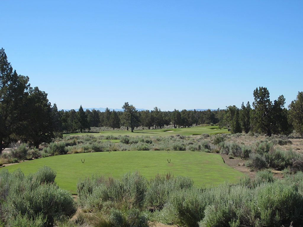 4th Hole at Pronghorn Golf Club (Nicklaus) (331 Yard Par 4)