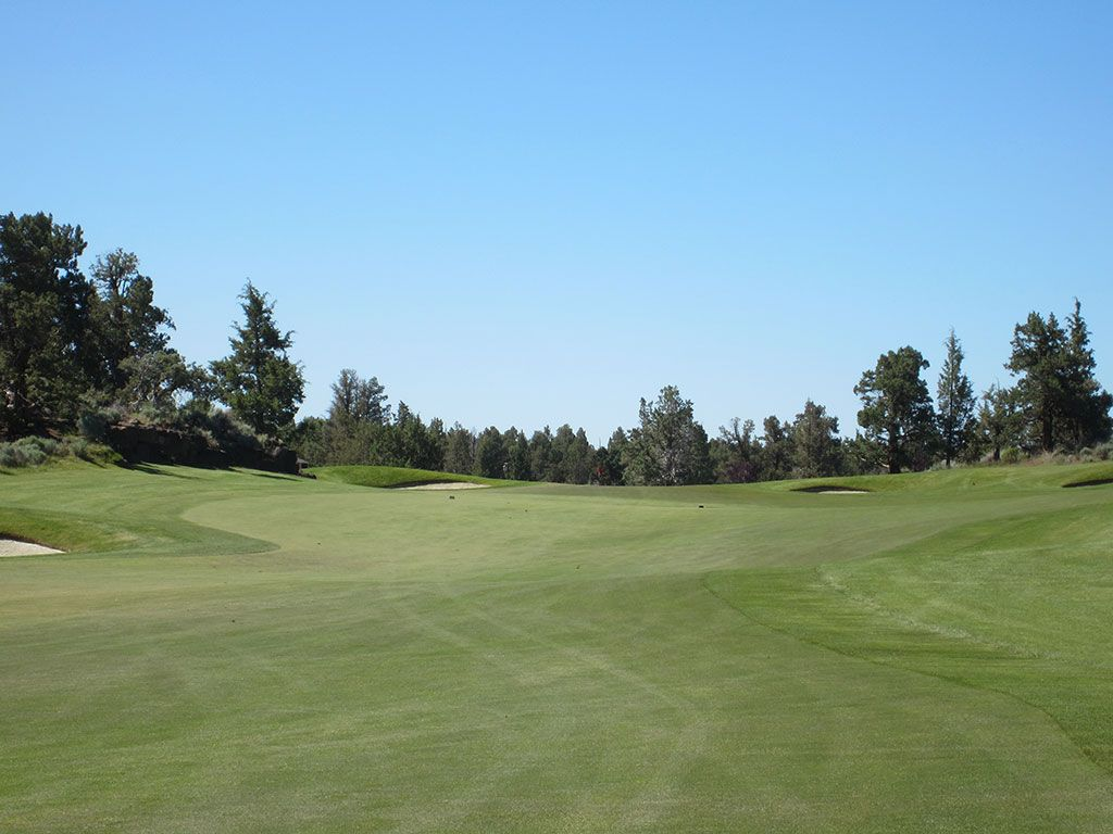 6th Hole at Pronghorn Golf Club (Nicklaus) (511 Yard Par 4)