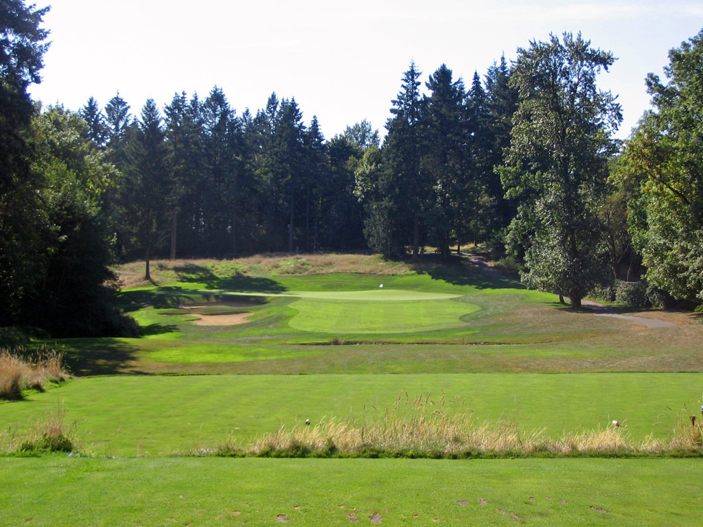 5th Hole at Pumpkin Ridge (Ghost Creek) (218 Yard Par 3)