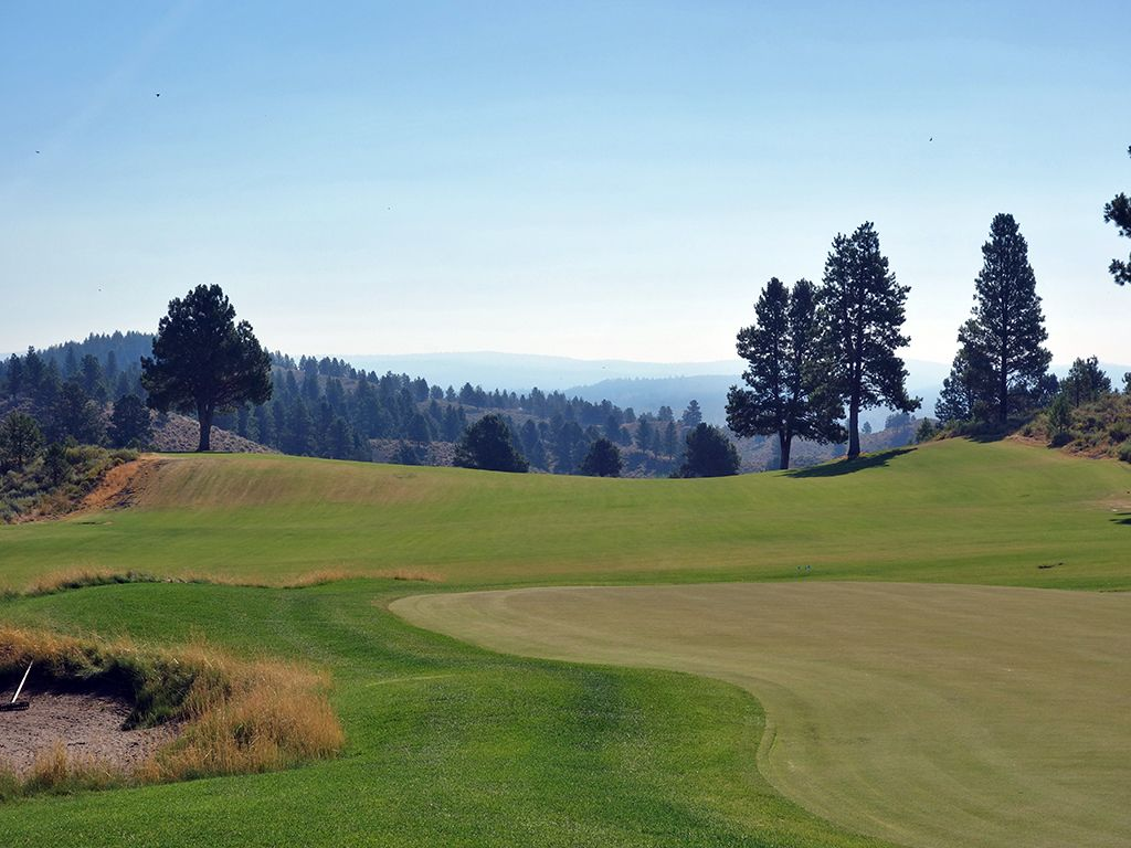 8th Hole at Silvies Valley Ranch (Craddock) (445 Yard Par 4)