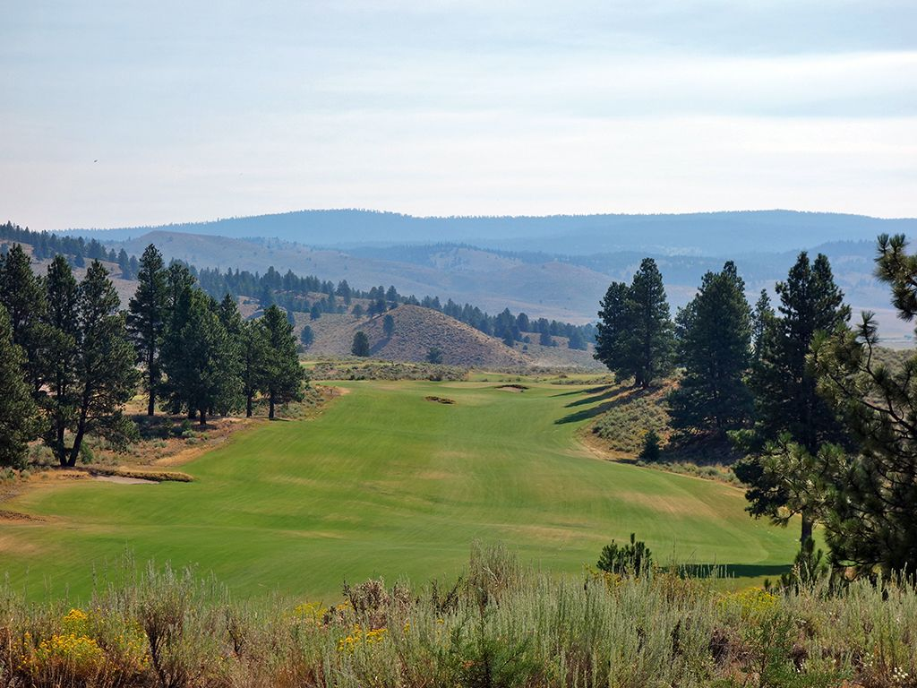 14th Hole at Silvies Valley Ranch (Hankins) (505 Yard Par 5)