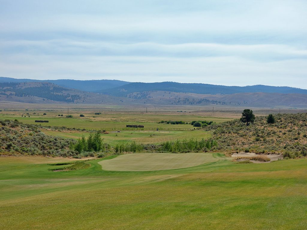 18th Hole at Silvies Valley Ranch (Hankins) (590 Yard Par 5)