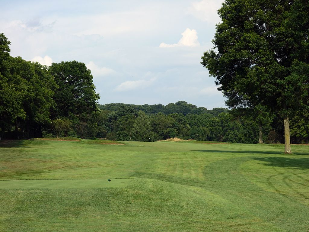 7th (Alps) Hole at Fox Chapel Golf Club (283 Yard Par 4)