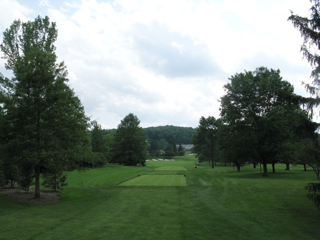 9th Hole at Laurel Valley Golf Club (480 Yard Par 4)