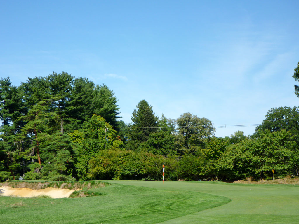 10th Hole at Merion Golf Club (East) (310 Yard Par 4)
