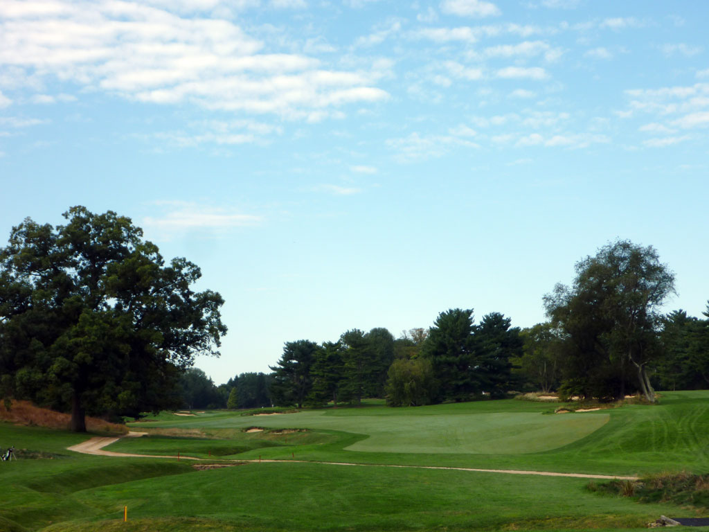5th Hole at Merion (East) (418 Yard Par 4)