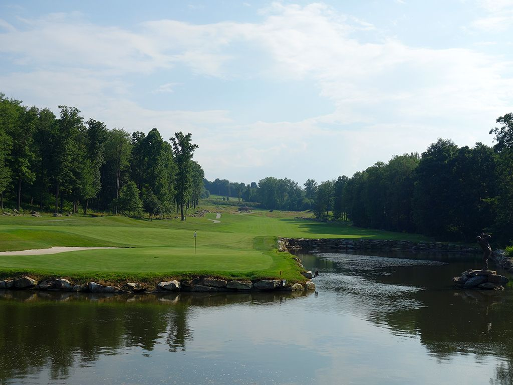 5th Hole at Mystic Rock at Nemacolin Woodlands Resort (598 Yard Par 5)