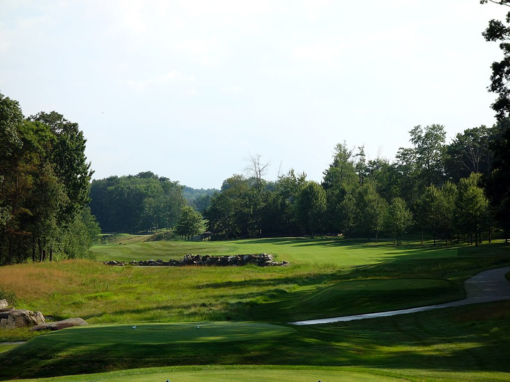 9th Hole at Mystic Rock at Nemacolin Woodlands Resort (476 Yard Par 4)