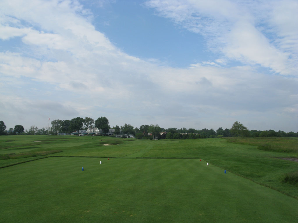 14th Hole at Oakmont Country Club (358 Yard Par 4)