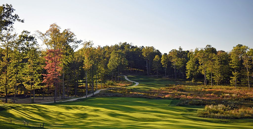 11th Hole at Shepherd's Rock at Nemacolin Woodlands Resort (443 Yard Par 4)