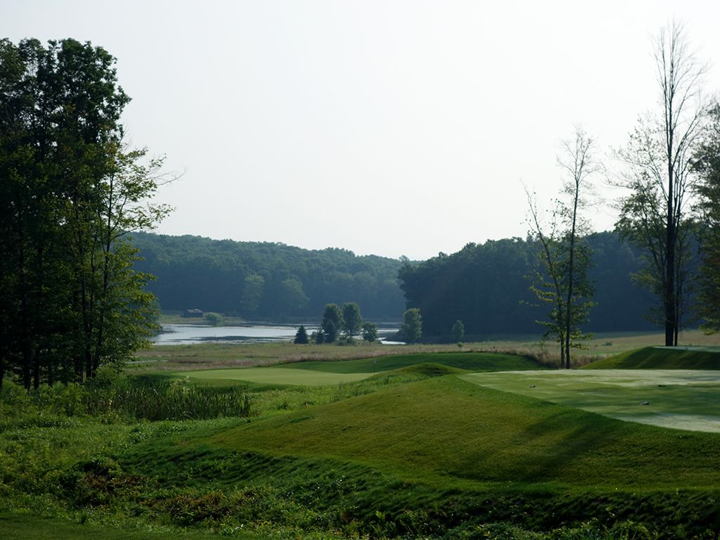 12th Hole at Shepherd's Rock at Nemacolin Woodlands Resort (188 Yard Par 3)