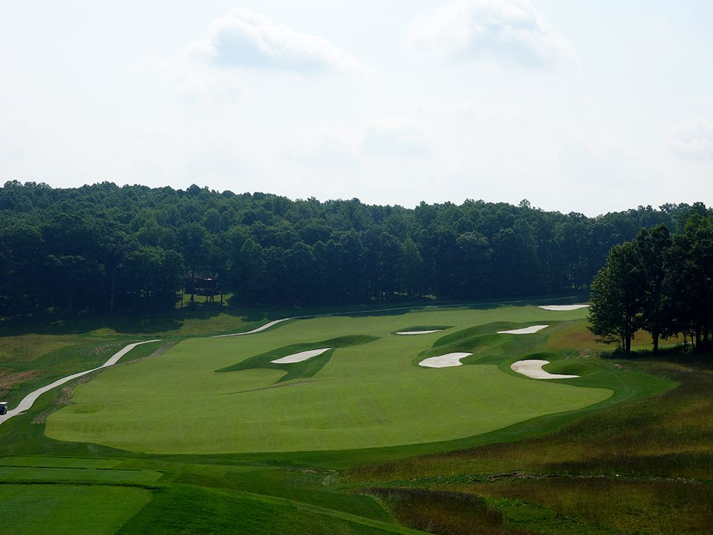 4th Hole at Shepherd's Rock at Nemacolin Woodlands Resort (619 Yard Par 4)