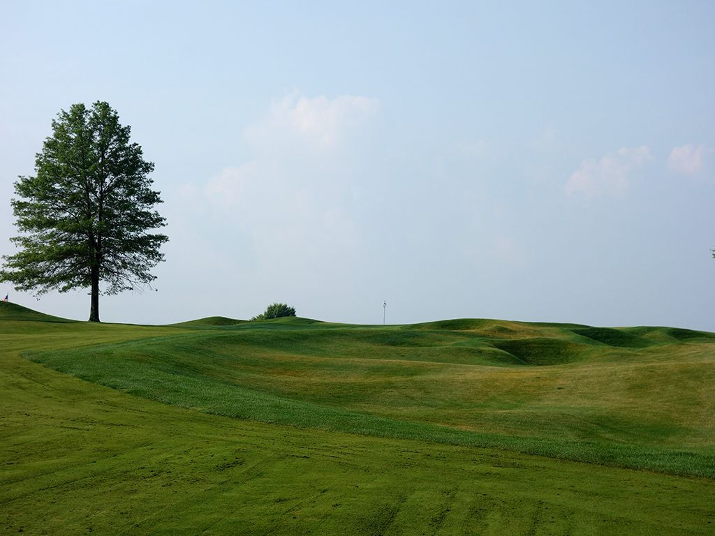 9th Hole at Shepherd's Rock at Nemacolin Woodlands Resort (562 Yard Par 5)