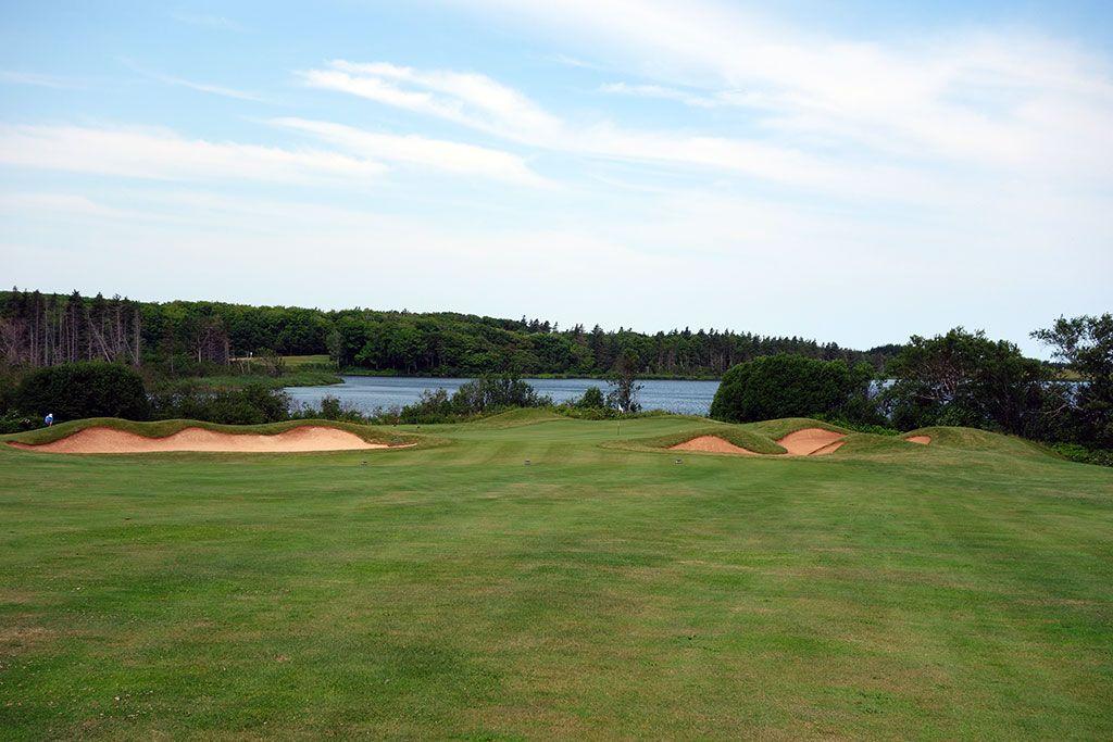 13th Hole at Green Gables Golf Club (453 Yard Par 4)