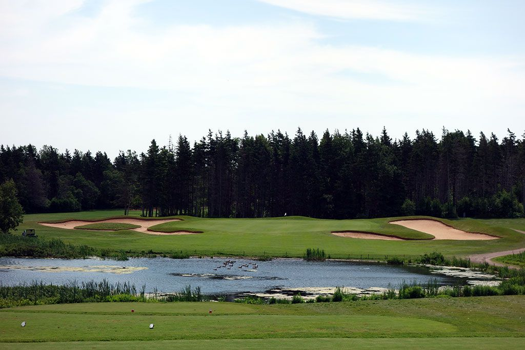 16th Hole at Green Gables Golf Club (196 Yard Par 3)